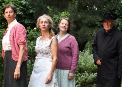 Kate (Su Toogood), Maggie (Pam Marnie), Agnes (Dot Howe) and Jack (John Leighton)