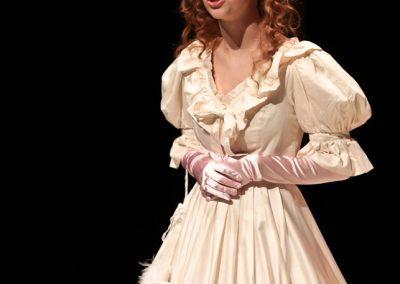 Sallie Gardiner (Lucie Evans)