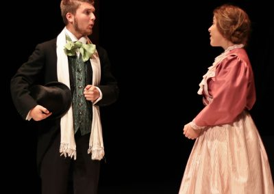 Fred Vaughan (Joshua Pearson) and Amy (Laura Potente)