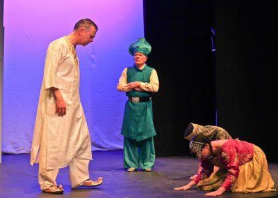 King Shahrayar (Jez Ashberry), the Vizier (John Leighton) and Shahrazad (Sasha Drennan)