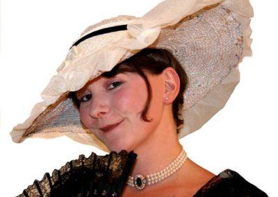 Eliza Doolittle (Aggi Gunstone)